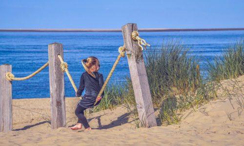 Pakowanie dziecka na wyjazd wakacyjny – czyli top 5 rzeczy, które muszą znaleźć się w jego walizce